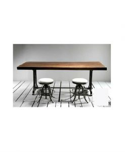 Tours singer communal dinning table