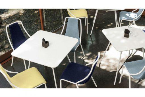 Ola square table