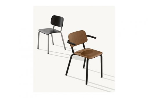 Hull 627 chair