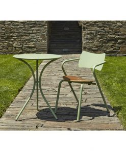 Art.590 round outdoor table